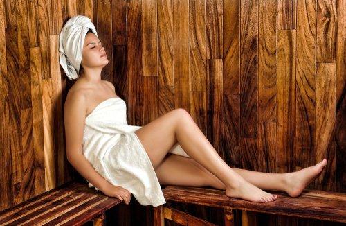 https://www.kiehls.com.tr/media/kiehls_blog_images/19-07/24/buhar-banyosu.jpg