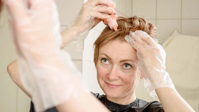 Evde Saç Nasıl Boyanır? Evde Saç Bakımı Nasıl Olmalı?