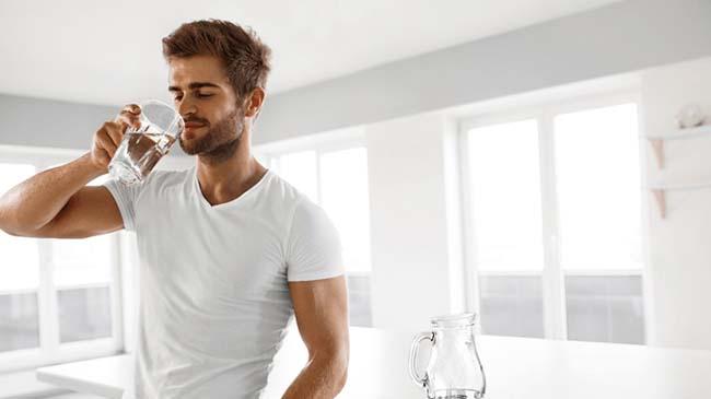 Yumuşak Bir Cilde Sahip Olmak İsteyen Erkeklere Özel 5 Öneri   Kiehl's Blog